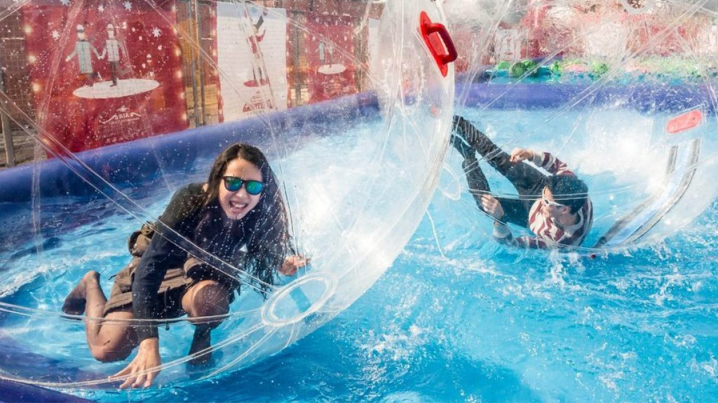 City Event Leisure Water Balls Amusements Rides Trafford Centre